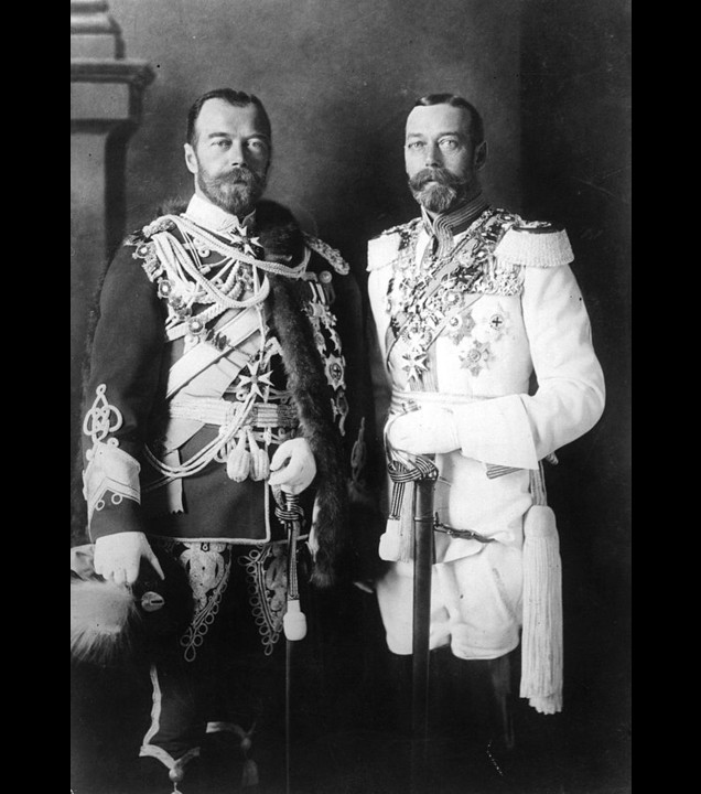 Tsar Nicholas II and his cousin King George V - Photo: Public Domain in USA