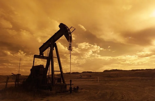 Oil Well Image PxHere