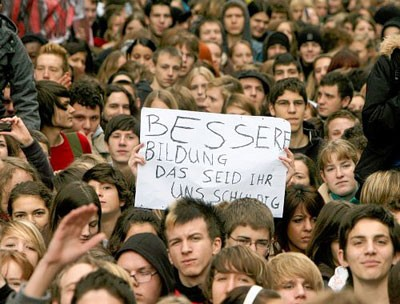 Germany: 100,000 on the streets in a massive student strike