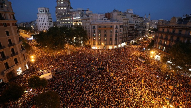 3 Catalan mass protest Image fair use