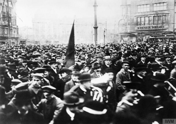 Germany at the End of the First World War Including Scenes of the German Revolution Image public domain