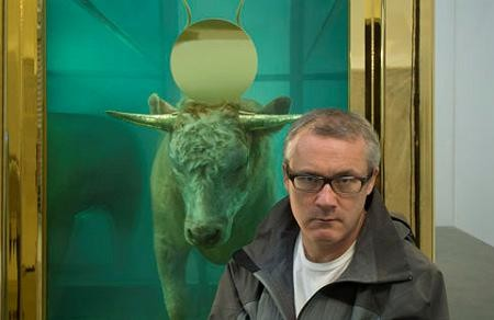 Damien Hirst in front of The Golden Calf