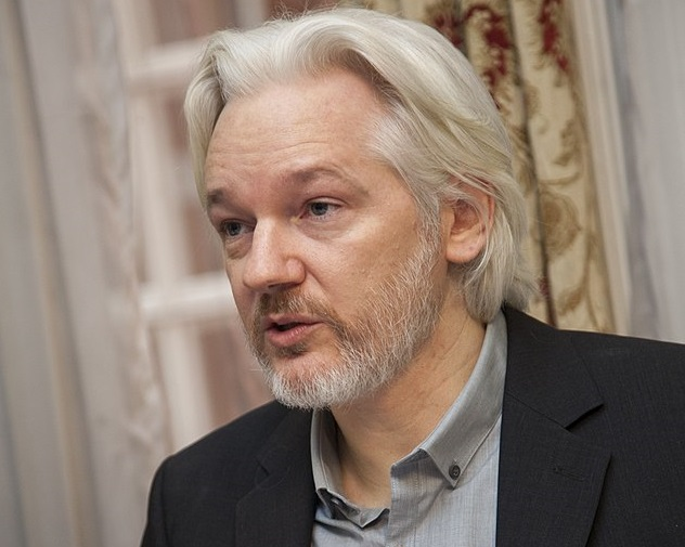 Britain: Assange begins fight against extradition from jail